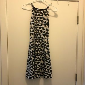 Mini/Mid Dress
